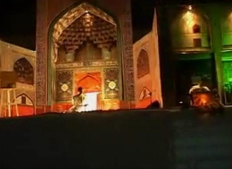 نورافشانی ونمایش صحنه ای نمادهای اصفهان